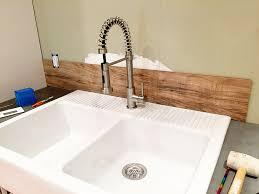 laminate kitchen backsplash laminate flooring backsplash it looks like wood bower power