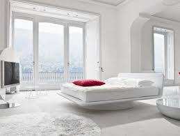 Schlafzimmer Holzboden Weißer Schlafzimmerstuhl Möbelideen
