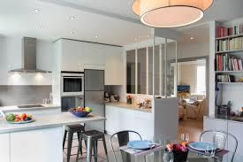 la cuisine familiale avant après réaménagement réussi pour une cuisine familiale