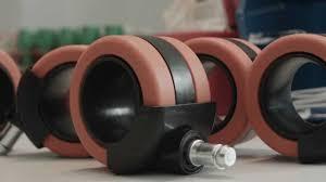 ruote per culla cambiare ruote ikea design ruote per arredamento ogtm