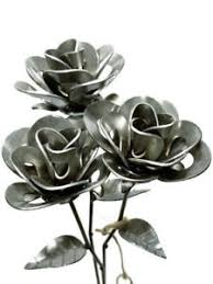 metal roses 3 forever roses three welded roses metal roses steunk roses