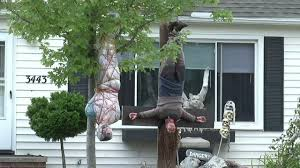 halloween displays in yard parents claim realistic halloween display is scaring kids near