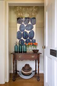 small spaces how to make a nonexistent entryway work