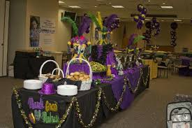 cheap mardi gras decorations 55 mardi gras table setting ideas party theme