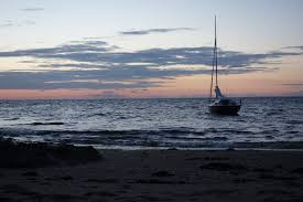 sailboat on body of water free image peakpx
