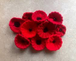 help knit 17 000 poppies for the royal british legion the yarn loop