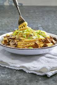 how to cook thanksgiving dinner for two 34 best vegan recipes easy vegan dinner ideas you u0027ll love