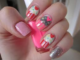 rachel from nails by numbers guest post cute cupcake nail art