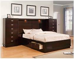 espresso queen bedroom set br rm remingtonplace remington place espresso 5 pc queen sleigh