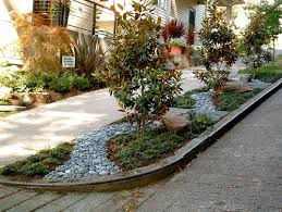 Small Shrubs For Front Yard - creative solutions for small front yards