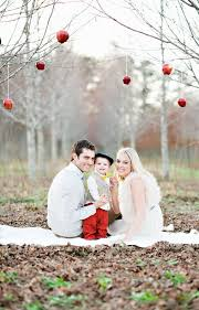 family christmas best 25 christmas pictures family outdoor ideas on