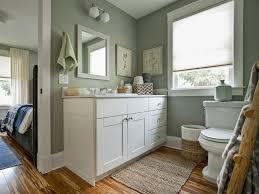 bathroom colour ideas 2014 jack u0026 jill bathroom showcasing findley u0026 myers malibu white