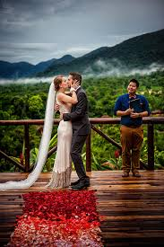 small destination wedding ideas intimate destination wedding in costa rica junebug weddings