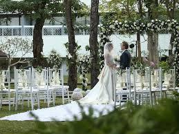 wedding dress jogja ballroom outdoor wedding venue jogja royal ambarrukmo