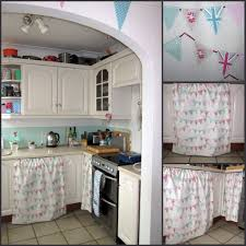 shabby chic kitchen with an emphasis on the shabby 76 sunflowers