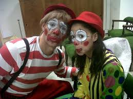 clowns for hire for birthday party kids pictures in birmingham children entertainers
