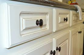 painting kitchen cabinets antique white painted kitchen cabinets painting kitchen cabinets distressed white