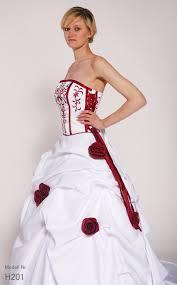 brautkleid rot wei hochzeitskleid rot weis 28 images luxus brautkleid