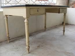 relooker un bureau en bois bureau à relooker la maison de zabielle