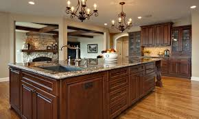 Kitchen Island Images Kitchen With Large Kitchen Island This Contemporary Kitchen S