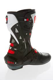the best motorcycle boots review sidi vortice boots 299 99 visordown