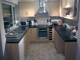 Kitchen Range Backsplash Frosted Glass Cabinet Laminate Floor Small U Shaped Kitchen Hood