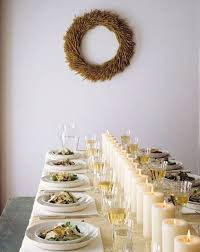 10 stylishly monochromatic thanksgiving tables