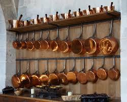 batterie de cuisine en cuivre file casseroles cuivre vaux jpg wikimedia commons