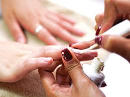 the best nail salons in hong kong