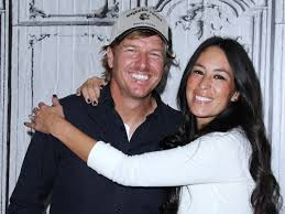 joanna gaines no makeup exciting news chip and joanna gaines have a new series on the way