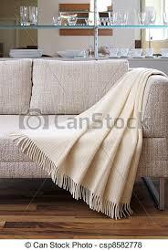 jeter de canape canapé drapé sur jeter crème canapé sur drapé jeter