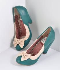 10 popular 1940s shoes styles for women 10 popular 1940s shoes styles for women bettie page green ivory leatherette bailey bow pumps shoes