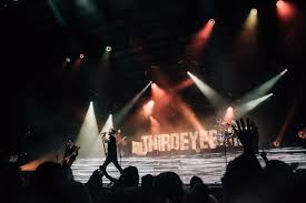 Third Eye Blind In Concert Stephan Jenkins And Third Eye Blind Remind Us To Live In The