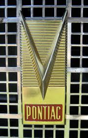 koenigsegg symbol v emblems cartype