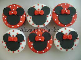 minnie mouse cupcakes cupcakes minnie vermelha minnie mouse cupcakes a photo on