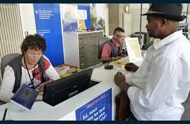 bureau de poste etienne economie la grand poste va être fermée pendant deux mois et demi