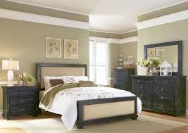White Distressed Bedroom Furniture by Distressed Bedroom Set Wood Platform Bed White Washed Bedroom