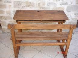 bureau ecolier en bois pupitre en bois atelier darblay le meuble d à côté