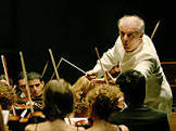 BBCBrasil.com | Reporter BBC | Fãs de música clássica e heavy ...