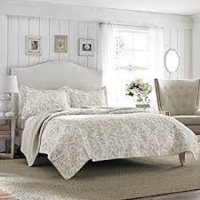 laura ashley home design reviews amazon com laura ashley amberley bisquit reversible quilt set king