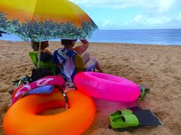 Hawaii travel umbrella images How to create a perfect hawaii beach getaway on oahu 39 s north shore jpg
