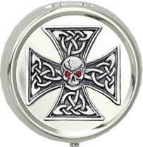 amazon com celtic skull iron cross portable pocket ashtray