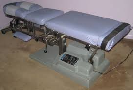 chiropractic tables for sale used titan flexion distra chiropractic table for sale dotmed