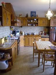 relooking de cuisine rustique relooker sa cuisine repeindre les placards