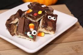 halloween candy fudge the classy cookies