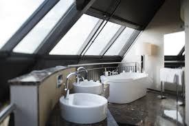 badezimmer hamburg aussergewöhnliches badezimmer in der turmsuite mövenpick hotel
