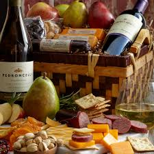 fruit and cheese gift baskets sip snack assortment hickory farms