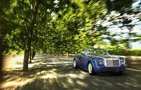 roll royce phantom drophead coupe rolls royce phantom drophead coupe review 2007 2012 parkers