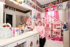59 Best Barbie Homes Ideas by I U0027m Barbie Man U0027 Collector Spends 80 000 And Fills Four Bedrooms