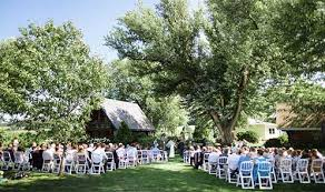wedding locations barn wisconsin wedding venue dog friendly